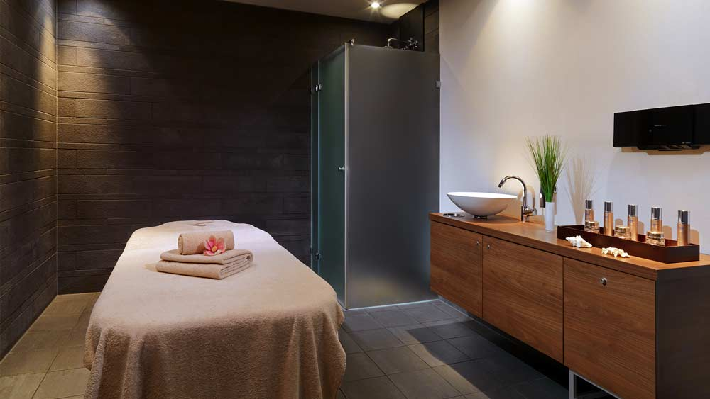 Massagen - Le Spa Stuttgart Behandlungs Raum